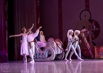 Ballet Wichita, Nutcracker 2011, choreographed by Jill Landrith Ewonus, Act II Intro