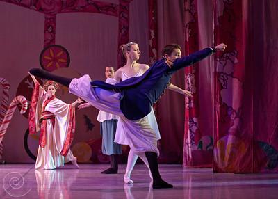 Ballet Wichita, Nutcracker 2011, choreographed by Jill Landrith Ewonus, Act II Intro & Apotheosis