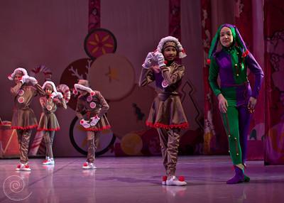 Ballet Wichita, Nutcracker 2011, choreographed by Jill Landrith Ewonus, Mother Ginger Variation, Ginger Cookies