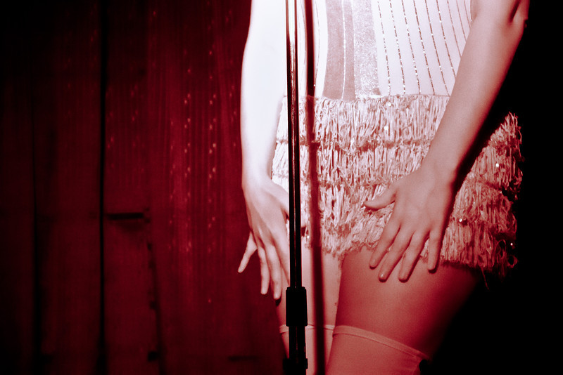 VelvetHearts_RedLightGirly-91
