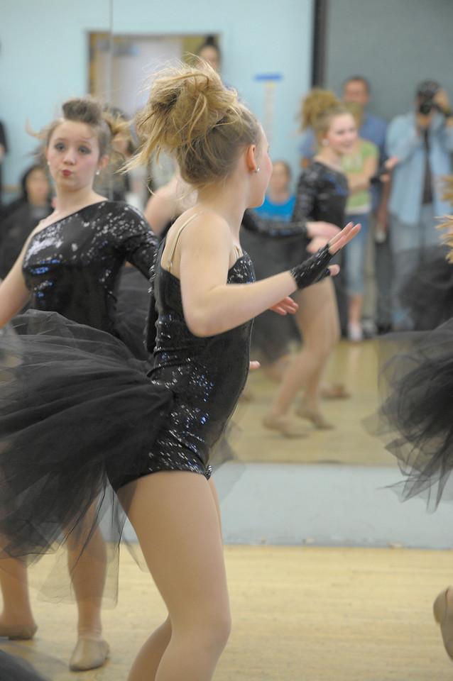 DANCE REHERSAL_1808