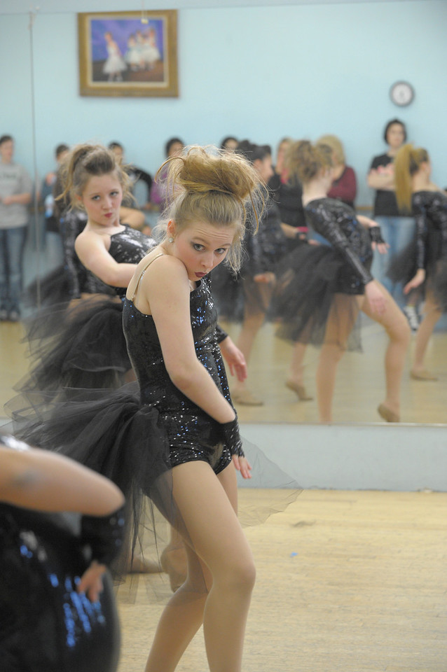DANCE REHERSAL_1805