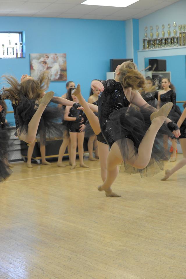 DANCE REHERSAL_1820