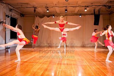 'Three Etudes on Love' performed by Agnieszka Laska Dancers. Choreography: Agnieszka Laska
