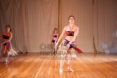 'The Warrior and the Princess' performed by Axé Didé. Choreography: Donna Oefinger