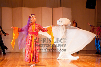 'The Infatuated Cloud (Turkish Fairy Tale)' performed by Mythobolus Mask Theatre. Choreography: Maranee Sanders and Mythobolus
