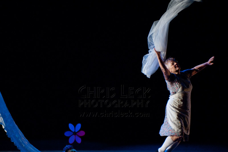 'Aunt Nettie' choreographed and performed by Maranee Sanders