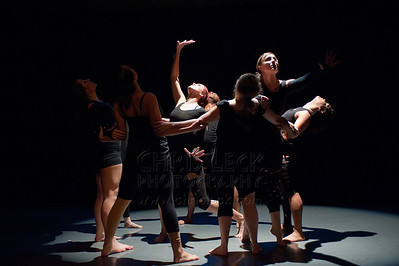 'Trapped in a Dyadic Existence' performed by PDX Dance Collective. Choreography: Katelyn Kollinzas