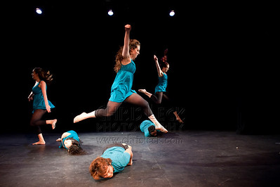 'Volcanoes' performed by PDX Dance Collective