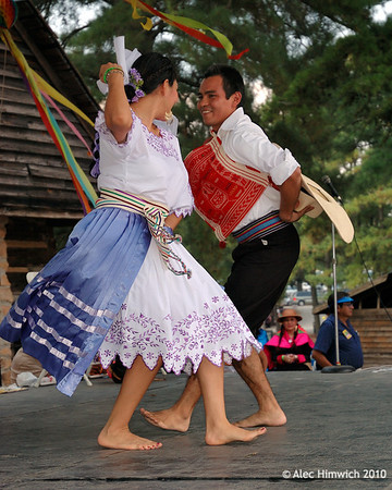 Peruvian Folkdance Group<br /> <br /> La Fiesta de Pueblo<br /> <br /> September 9, 2006<br /> <br /> Raleigh, NC