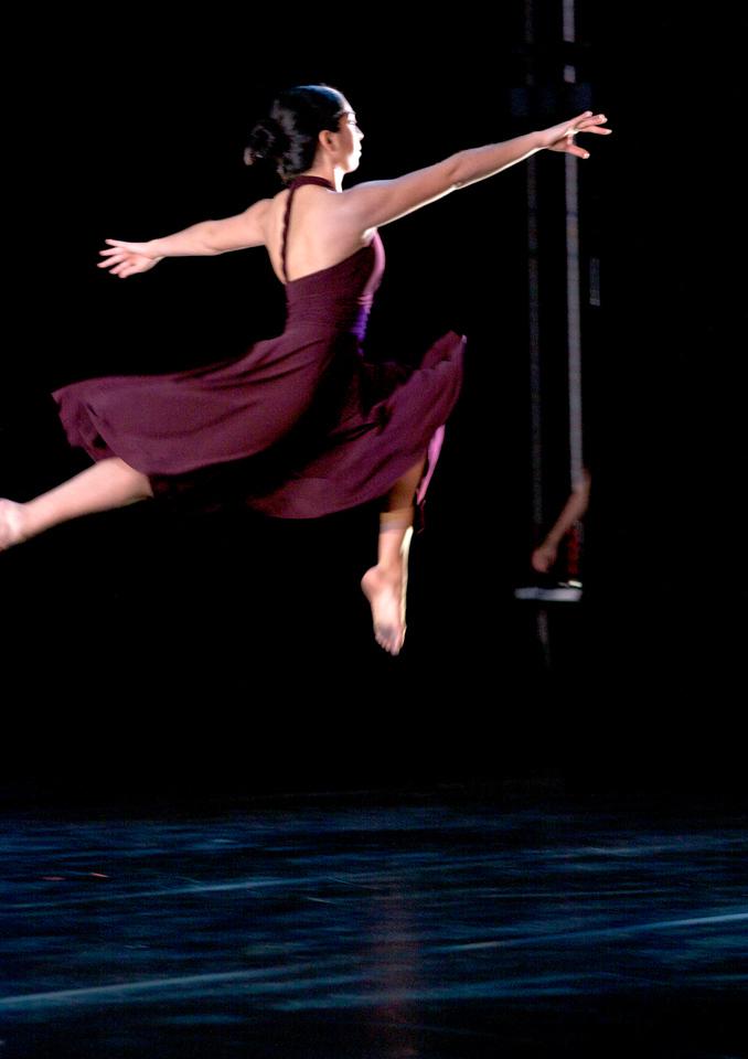 Dance wkshp -troupe 320100121_0126