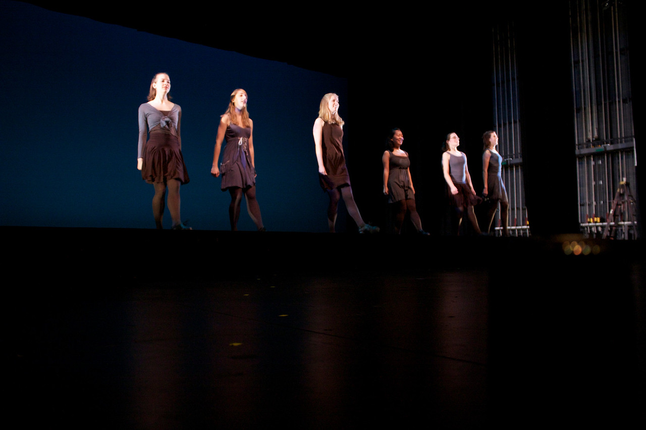 Dance wkshp -troupe 420100121_0168