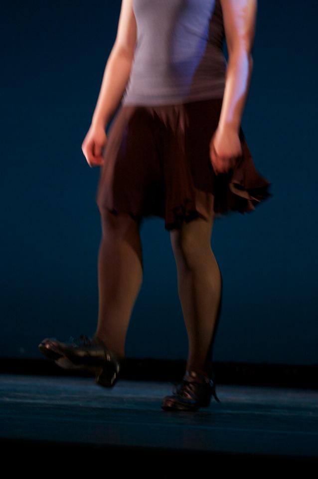 Dance wkshp -troupe 120100121_0040