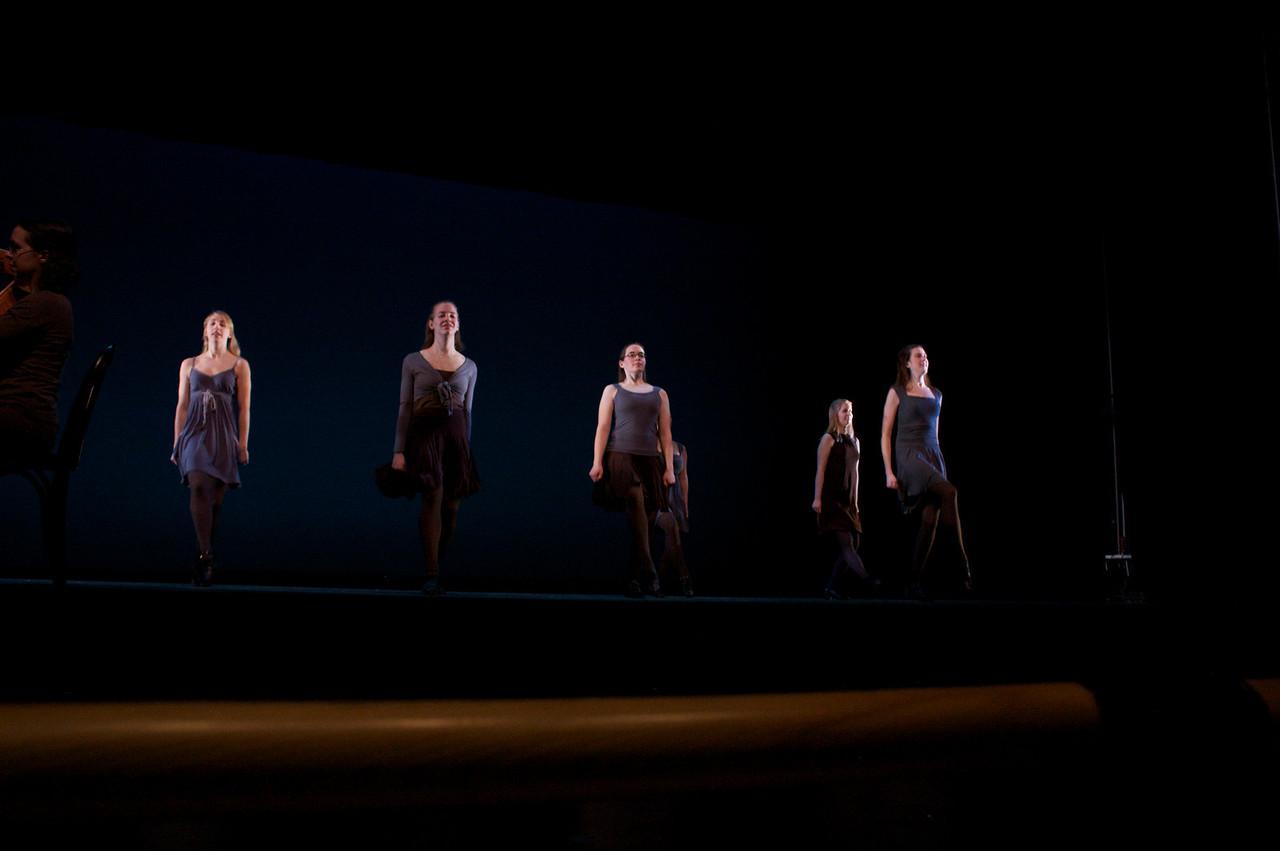 Dance wkshp -troupe 420100121_0158