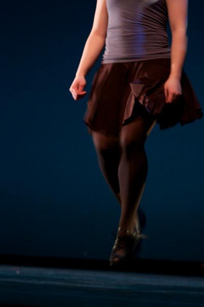 Dance wkshp -troupe 120100121_0043
