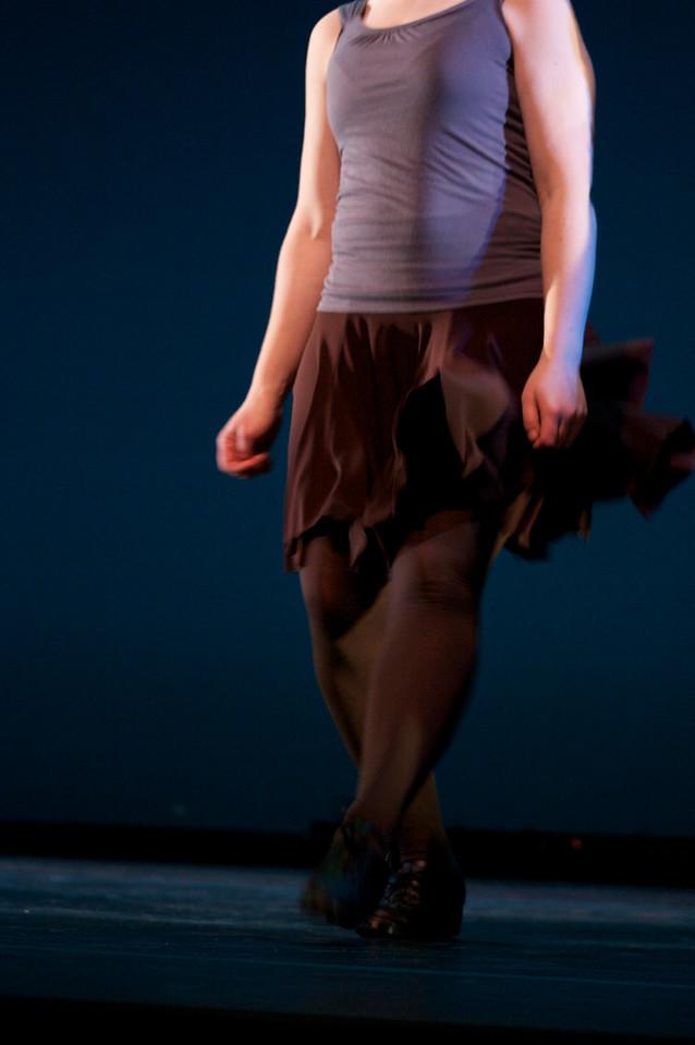 Dance wkshp -troupe 120100121_0041