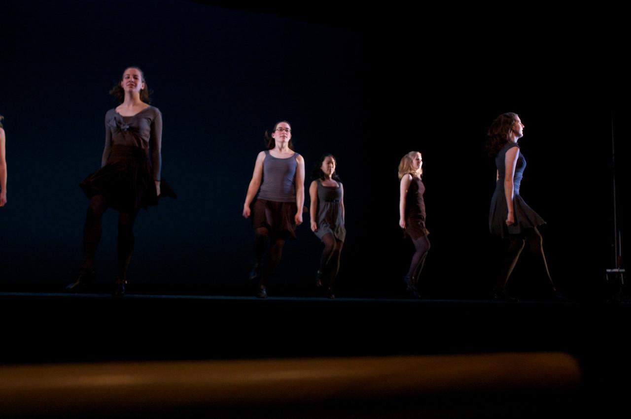 Dance wkshp -troupe 420100121_0157