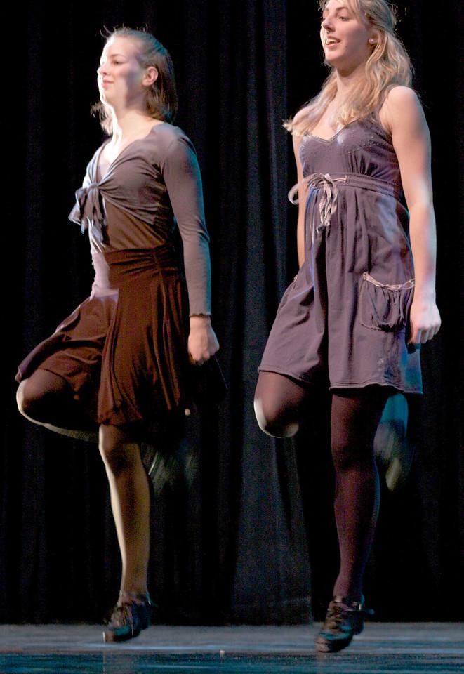 Dance wkshp -troupe 420100121_0171