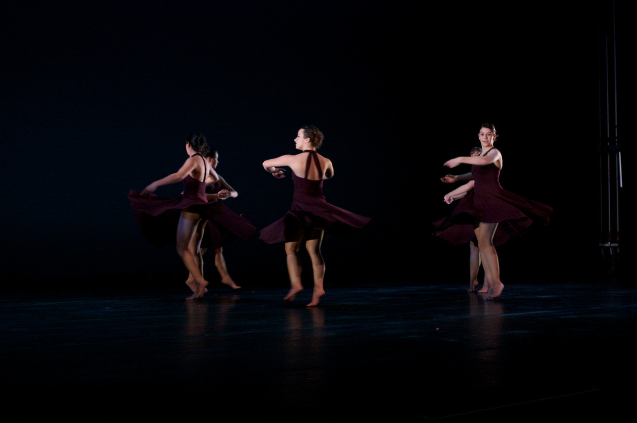 Dance wkshp -troupe 320100121_0086