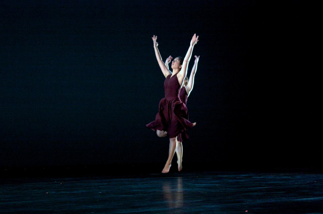 Dance wkshp -troupe 320100121_0110