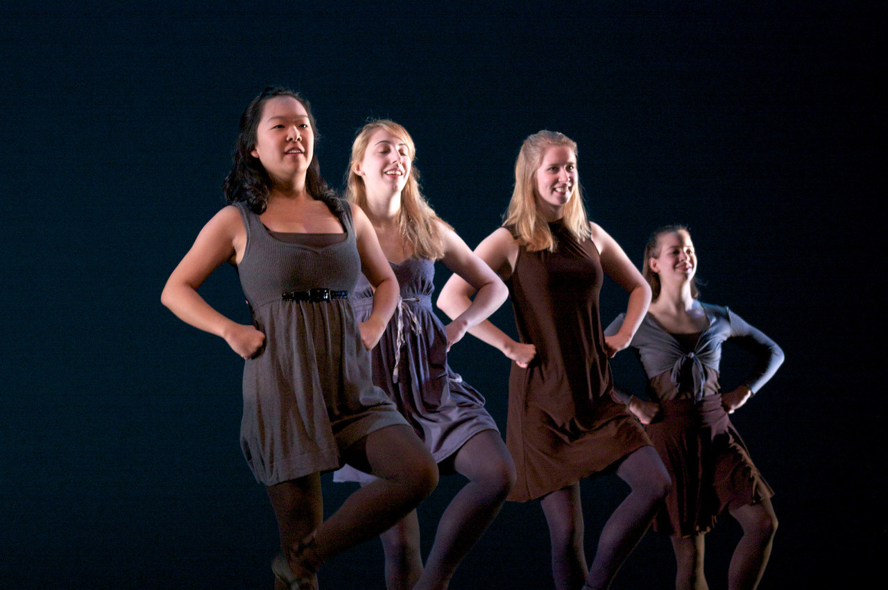 Dance wkshp -troupe 420100121_0136