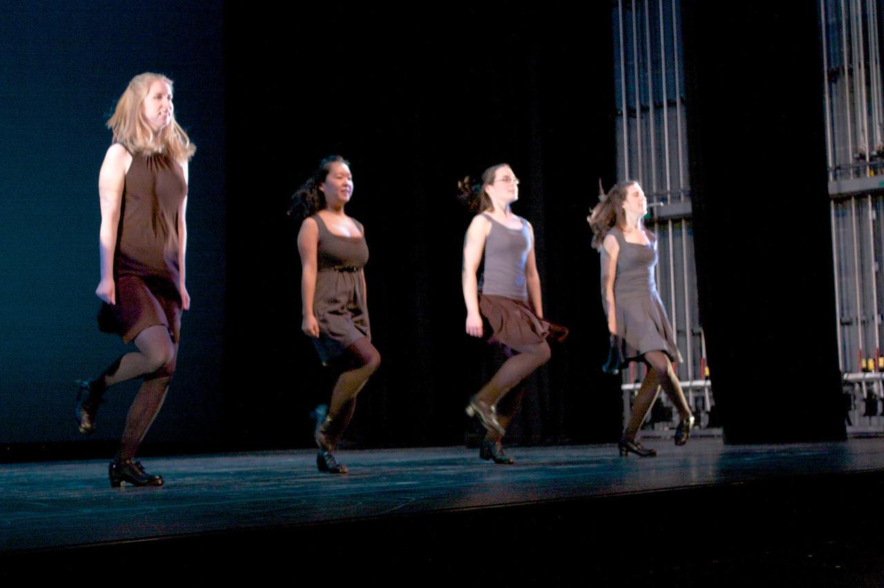 Dance wkshp -troupe 420100121_0166