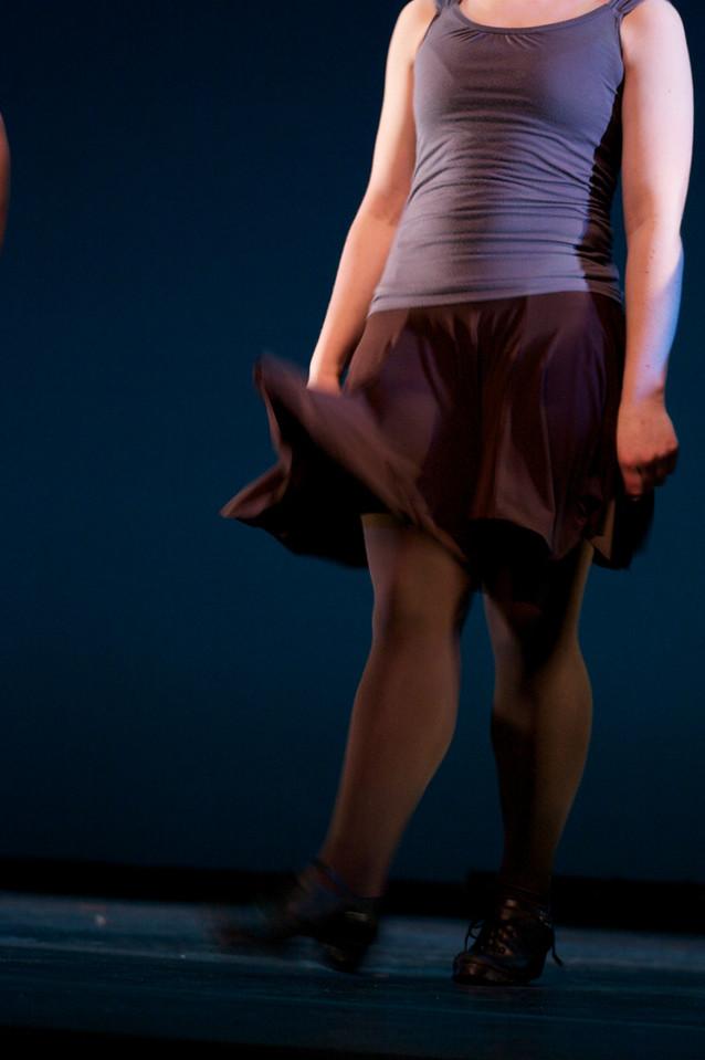 Dance wkshp -troupe 120100121_0044