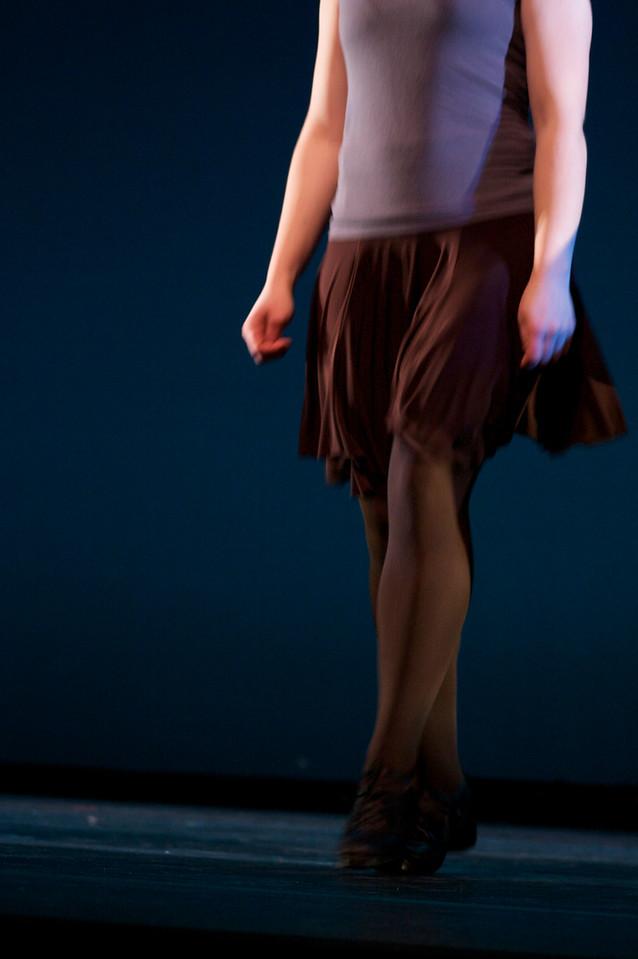 Dance wkshp -troupe 120100121_0045