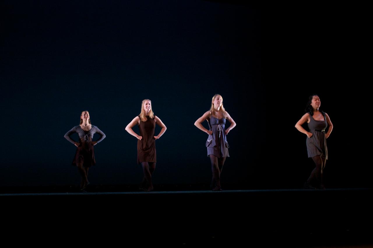 Dance wkshp -troupe 420100121_0142