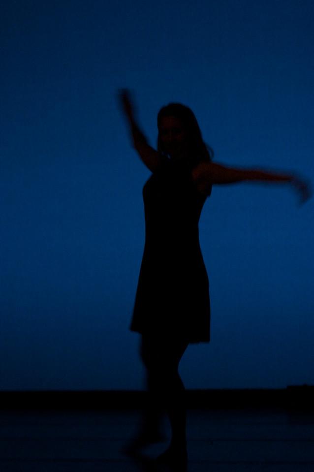 Dance wkshp -troupe 120100121_0051