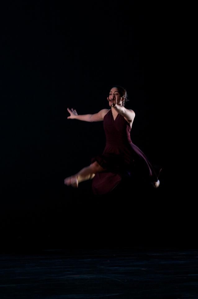 Dance wkshp -troupe 320100121_0122