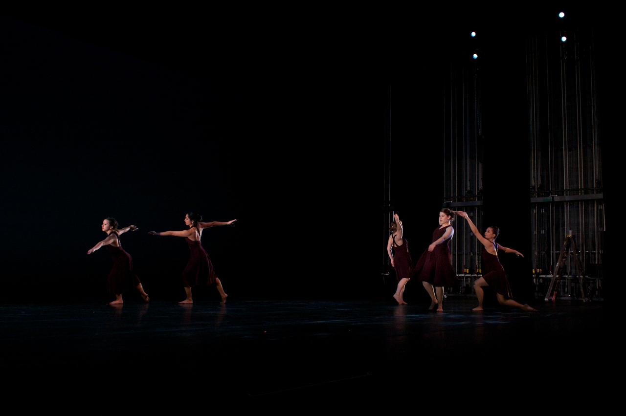 Dance wkshp -troupe 320100121_0108
