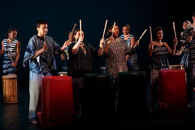 Dance wkshp -troupe 120100121_0010