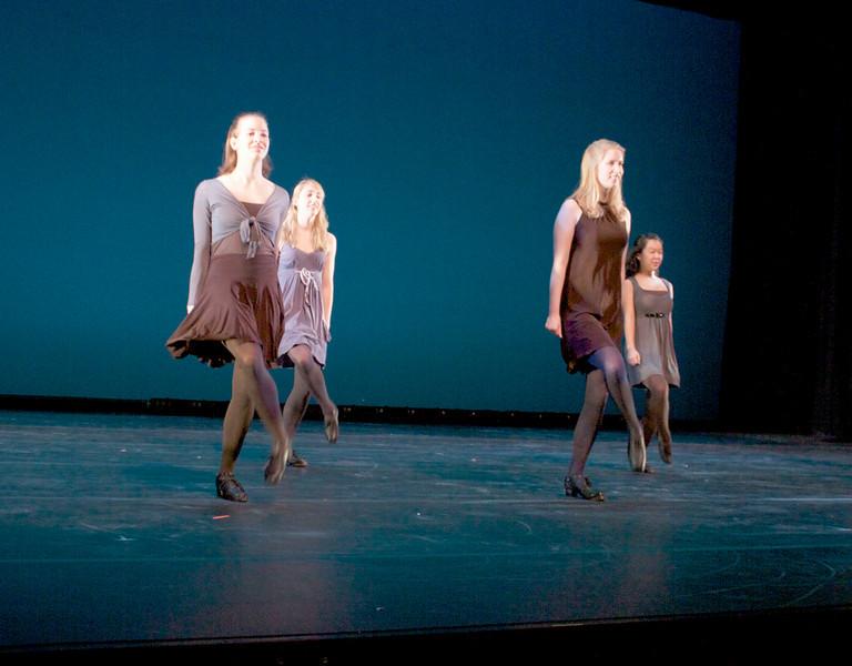 Dance wkshp -troupe 420100121_0163
