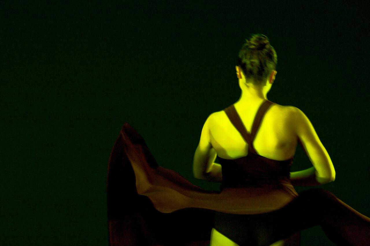 Dance wkshp -troupe 320100121_0088_2