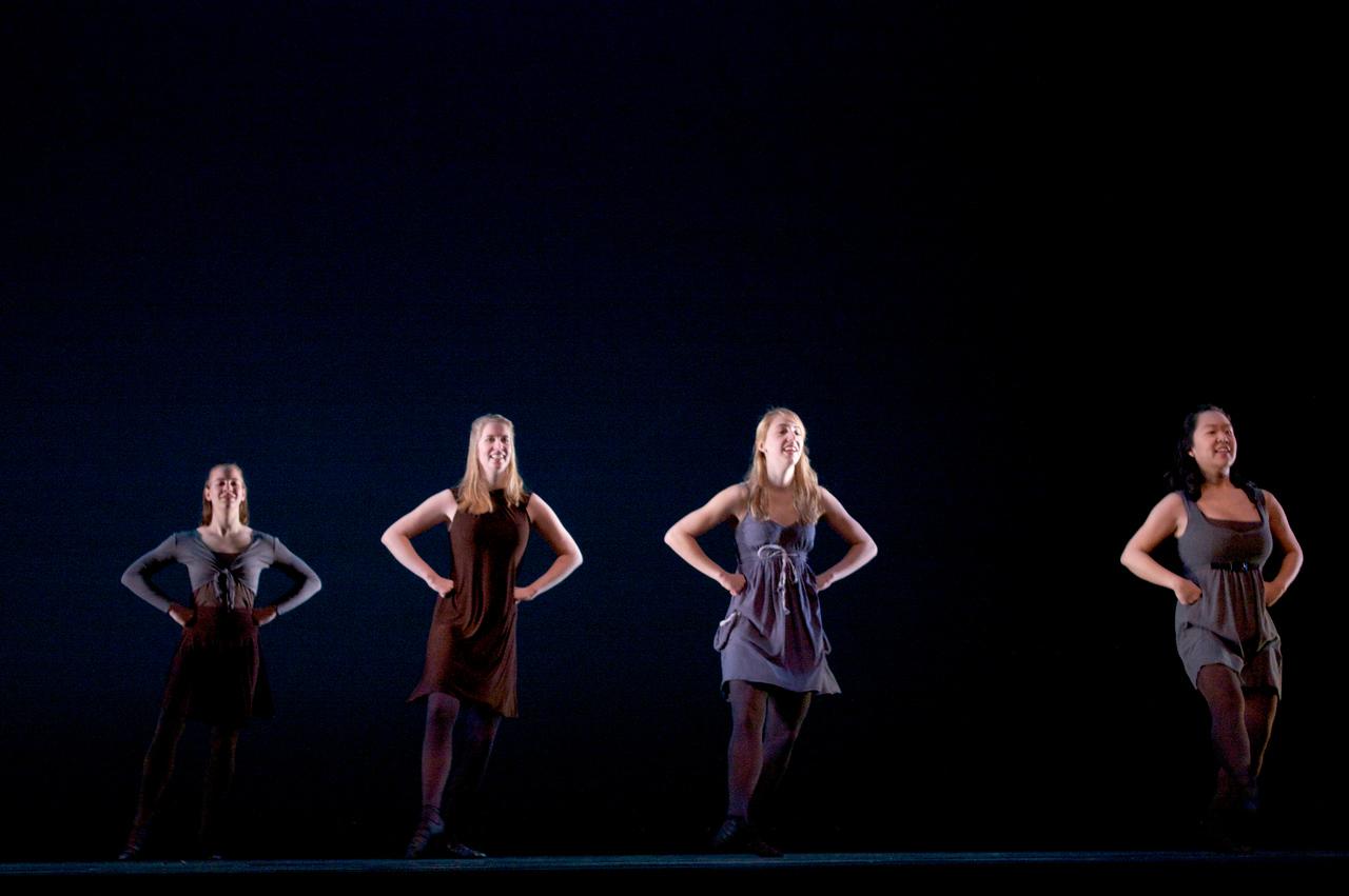 Dance wkshp -troupe 420100121_0132