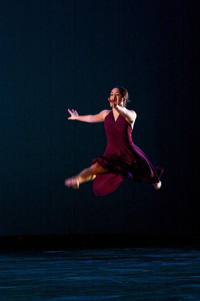 Dance wkshp -troupe 320100121_0122_1