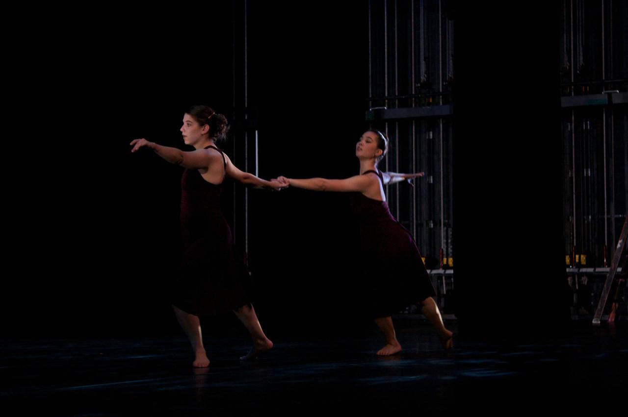 Dance wkshp -troupe 120100121_0023