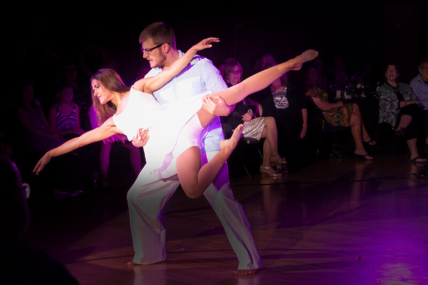 Dancing With Our Stars 2013-12