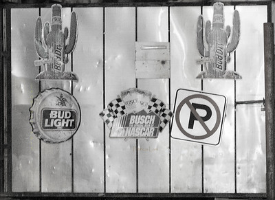 Oasis fence signs B&W 8472