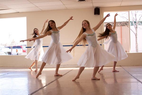 Emmanuel Ballet 2009