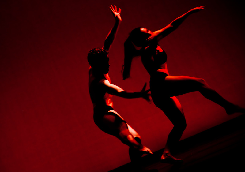 20091206 Gaspard and Dancers - 2 'Deux' (6439nn, 247p, c2009 Dilip Barman)