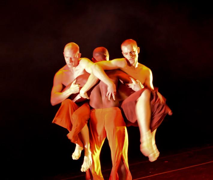 20091206 Gaspard and Dancers - 5  'Innercurrent' (6633nn, 352p, c2009 Dilip Barman)