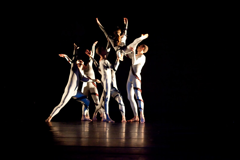 20091206 Gaspard and Dancers - 1 'Anemone' (6367nn, 229p, c2009 Dilip Barman)