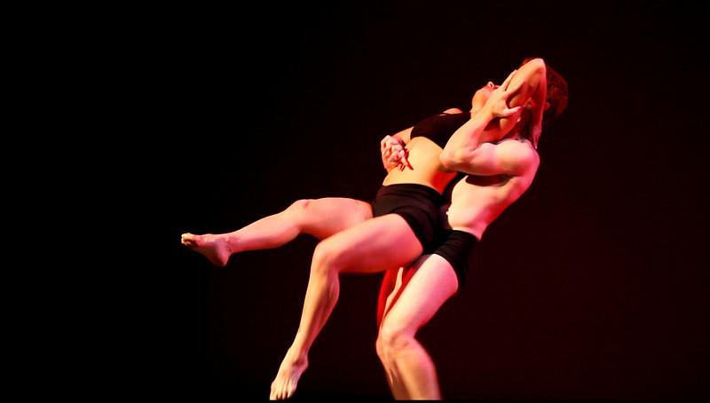 00aFavorite 20091206 Gaspard and Dancers - 2 'Deux' (6432, 246p, c2009 Dilip Barman)