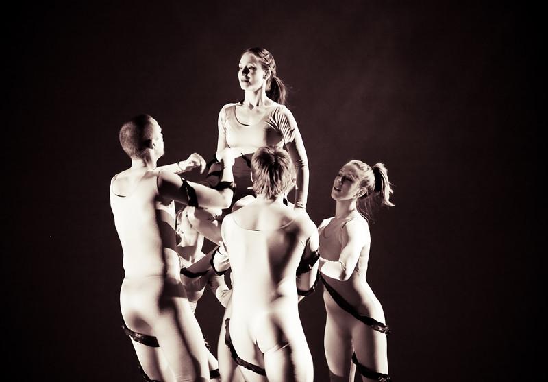 00aFavorite 20091206 Gaspard and Dancers - 1 'Anemone' (6374nn, 231p, c2009 Dilip Barman)