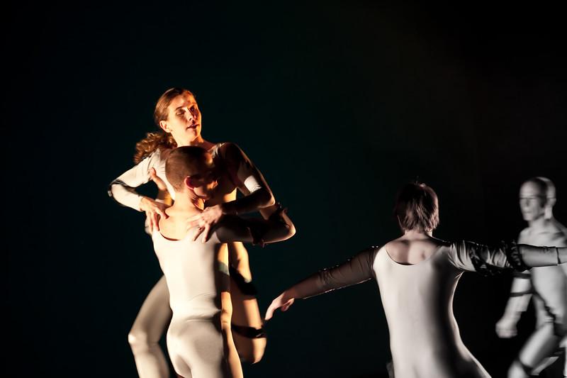 20091206 Gaspard and Dancers - 1 'Anemone' (6385nn, 235p, c2009 Dilip Barman)
