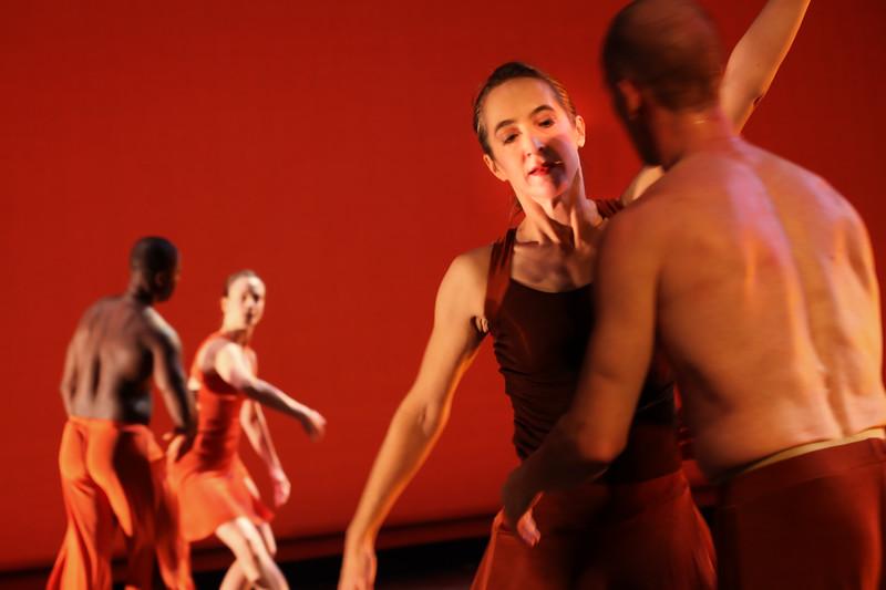 20091206 Gaspard and Dancers - 5  'Innercurrent' (6653nn, 354p, c2009 Dilip Barman)