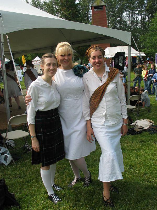 Charlotte, Heather, Clea