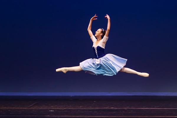 _P1R5785 - 119 Claire White, Classical, La Fille Mal Gardee